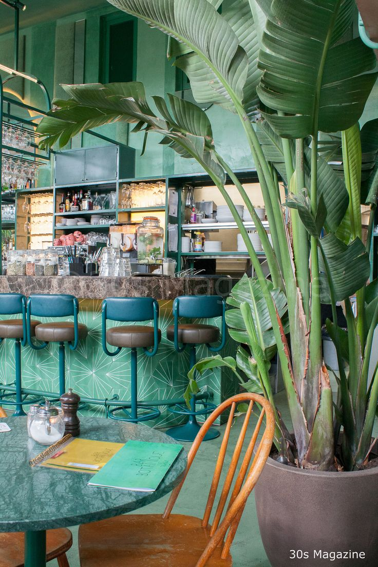 Inspirerend! Bar Botanique in Amsterdam, geheel in urban jungle stijl!