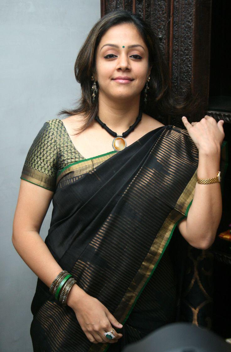 Jyothika traditional sari at shobi wedding saree blouse patterns - Jyothika Likes And Dislikes Brown Thingssimple Clothingblouse Stylessouth Indiaindian Attireindian Actressesdesigner Sareesthe