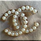 Luxurious Rhinestones Brooch C_C letter buckle style white pearls