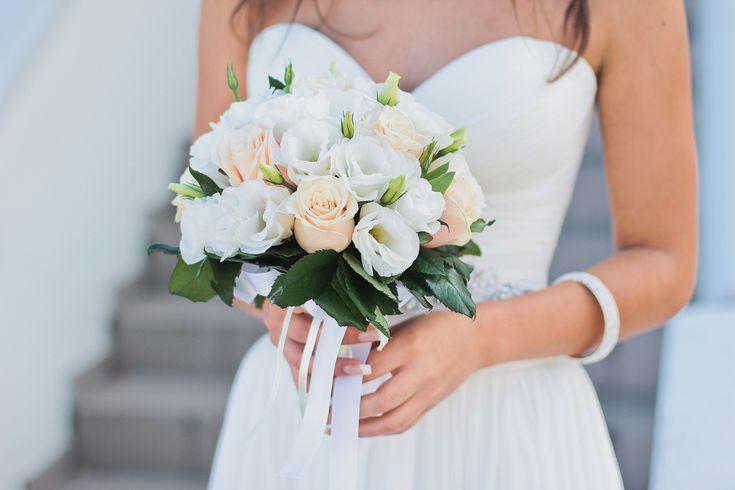 手作りでより自分らしく!花嫁を魅了するホワイトブーケの作り方と定番のお花まとめ