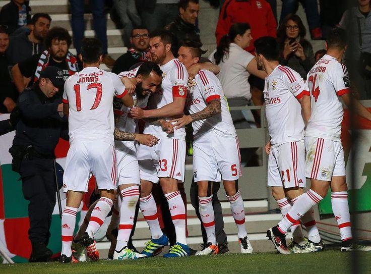 O Benfica vence na Madeira e segue na liderança!