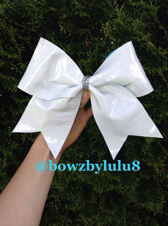 Do you have any famous cheerleaders that you love? Well now you can get their signature in a bow!! This is perfect for capturing the moment! If you