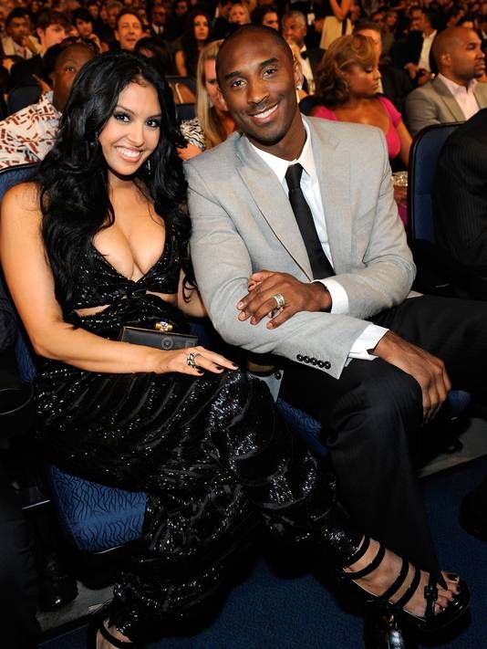 Vanessa Bryant is not divorcing Kobe. Kobe Bryant and Vanessa Bryant are reunited and will remain as a couple.  It has been one year since Vanessa filed for divorce and now she is dropping the proceedings.  The couple announced that they want to save their 10 year marriage.