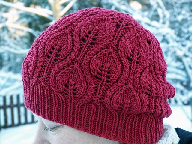 Ravelry: Viivi71's Lehtikuvioinen hattu (Foliage pattern on Ravelry)