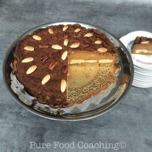 Speculaaskruiden zijn onweerstaanbaar, zeker als de dagen langer worden. Deze taart is nostalgisch lekker.