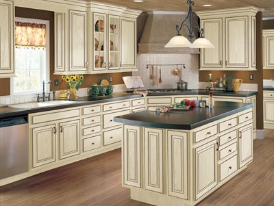 Best Armstrong Cabinets Hampton In Vanilla Cream Brown Glaze 400 x 300