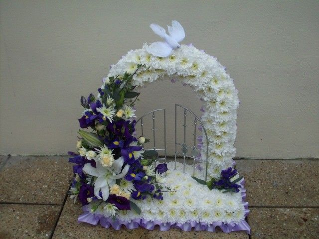Floral Arrangements for Funerals | Funeral Floristry - funeral flower arrangements