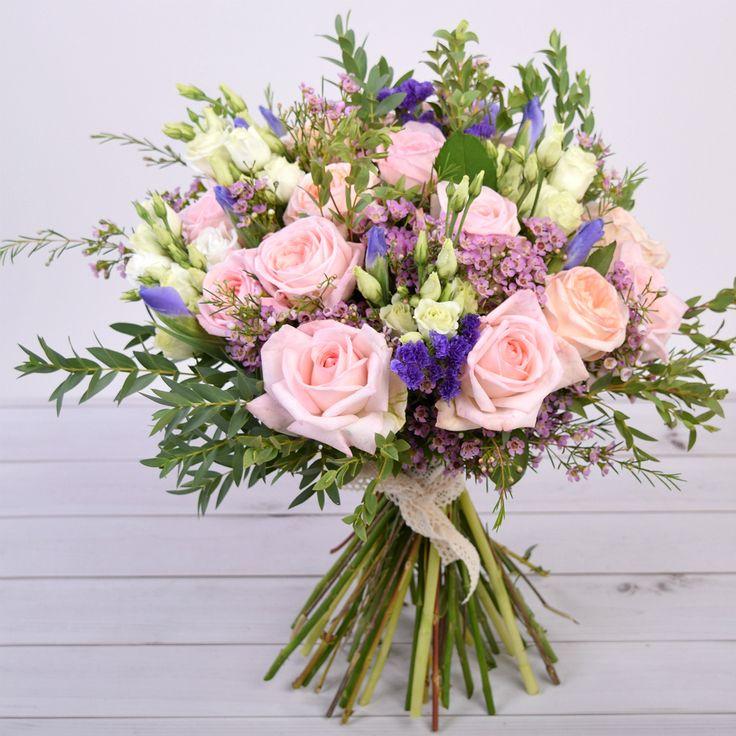 Букет из садовых французских ароматных роз. Стоимость 8900 руб. Заказать по тел. +7(495)6697799