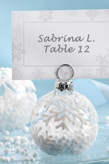 www.weddbook.com everything about wedding ♥  Christmas / Winter Place Card Holder #wedding #christmas #winter