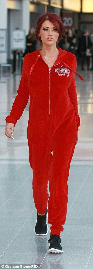 http://www.listfree.org/131783-amy-childs-arrives-at-the-clothes-show-live-in-a-comfy-onesie.html Amy Childs arrives at the Clothes Show Live in a comfy onesie… before upping the glamour in low-cut party dress  She's no stranger to walking around Essex in her pyjamas with rollers in her hair.  But Amy Childs took things to the next level by turning up to high-profile fashion event The Clothes Show Live at the NEC Birmingham on Sunday morning wearing a red onesie.
