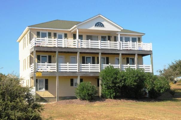 #315 Wonderful Vacation Rental located on Seascape Golf Course in Kitty Hawk includes 4 FREE golf passes!