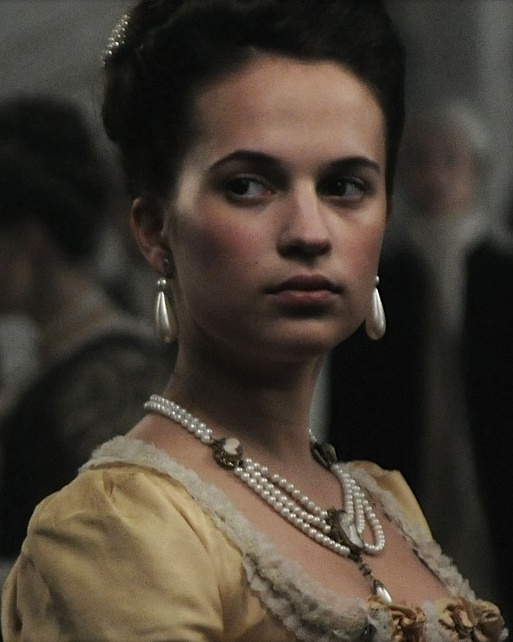 """En kongelig affære (A Royal Affair)"" (Queen Caroline Matilde of Danmark played by Alicia Vikander) | Clan: Daeva"