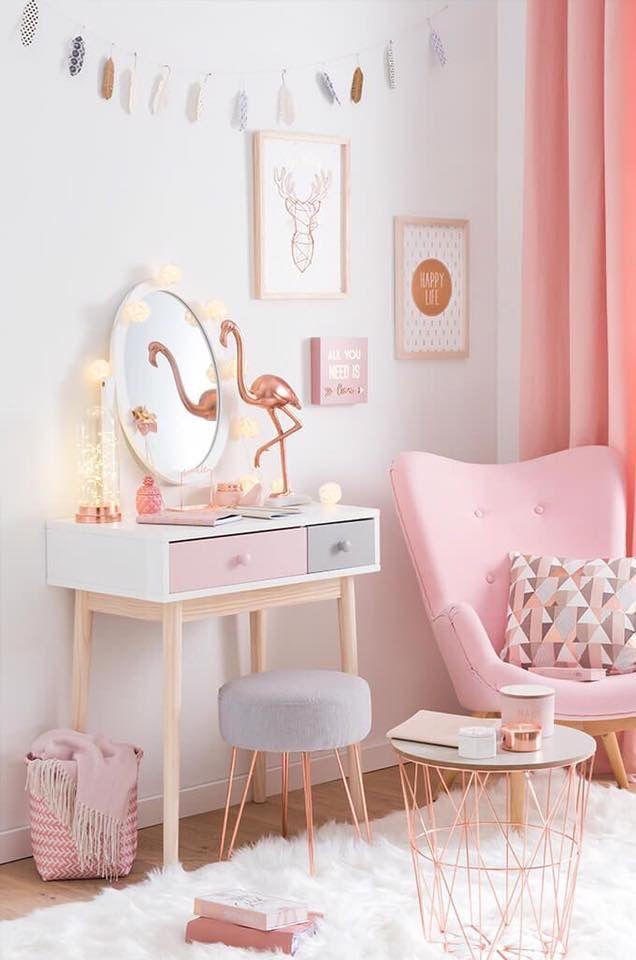 Flamingos na decoração, nada mais fofo né!