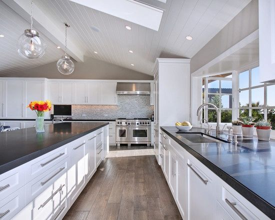 Seashore Kitchen Ideas | White Black | Beach House Kitchen Ideas