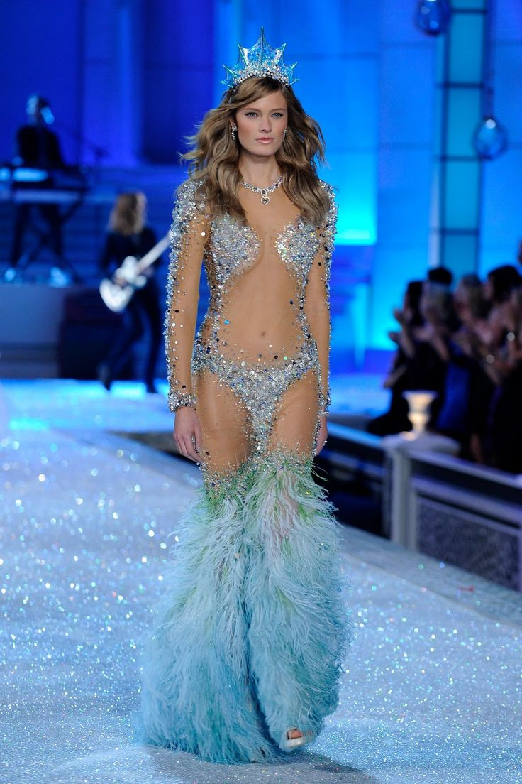 Victorias secret fashion show 2011 - Victoria S Secret 2011
