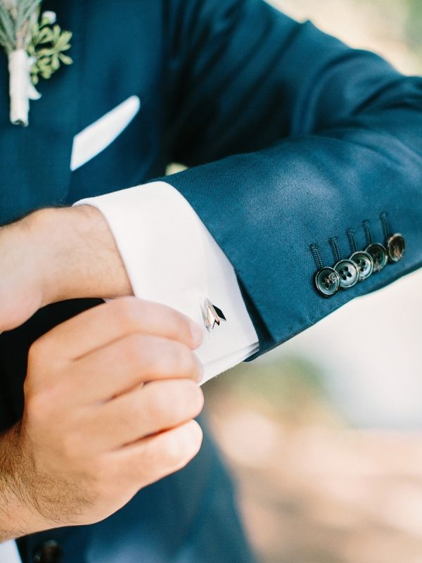 Cartier Cufflinks for Groom | photography by http://amyarrington.com