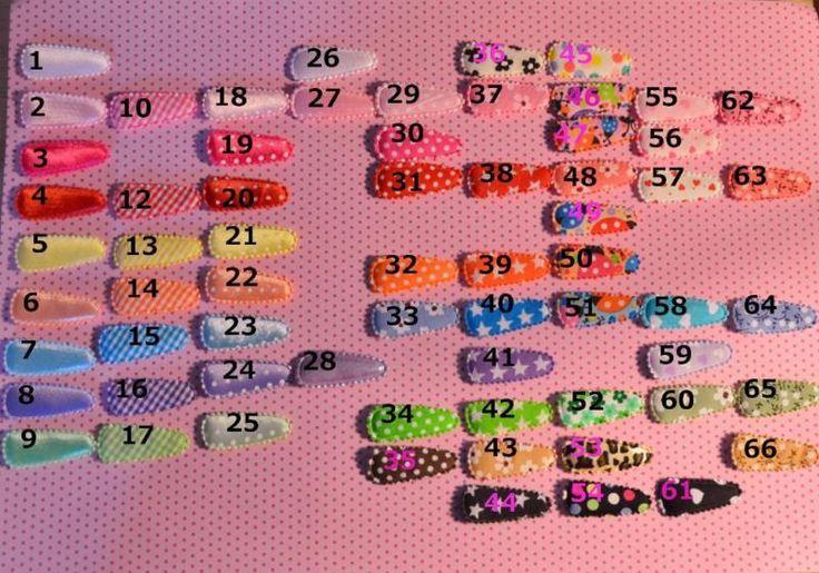 Hallo Ihr Lieben!Ich biete hier kleine, feine Babyhaarspangen an, die jedes Kinderköpfchen (oder Puppenköpfchen) noch schöner machen.Hier wird 1 Paar = 2 Stück angeboten. Auf dem ersten Bild seht Ihr, das die Clips durchnummeriert sind, einfach die gewünschten Nummern nennen und schon bastel ich für Euch los =) Es können auch gerne unterschiedliche Designs sein, Hauptsache es sind nachher 2 Clips.Die Haarspangen sind schön leicht und halten schon im feinsten Flaum.Ideal um jedes Outfit zu…