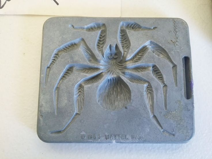 vintage metal tarantula spider clay mold insects bugs creepy crawler 1964 #mattel