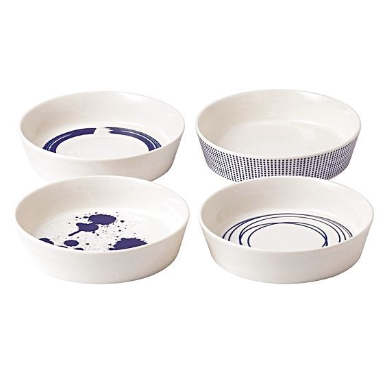 Present your signature meals in style with the classy yet homely style of the Pacific Serving Dish, 16cm (Set of 4) from Royal Doulton.