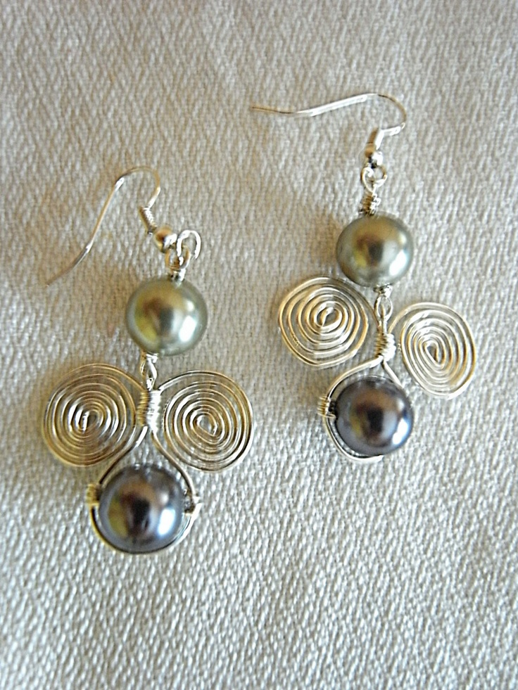 earring pearl and wire beading