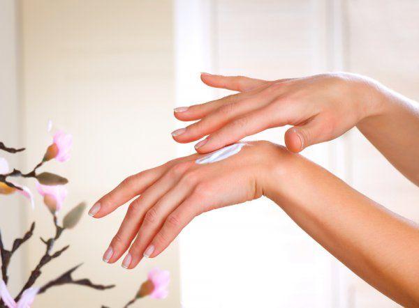 Восстанавливаем кожу рук