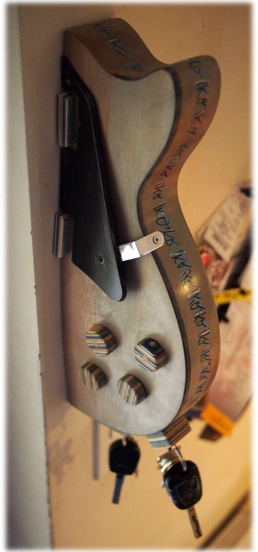 Fabuleux Plus de 25 idées uniques dans la catégorie Décorations de guitare  BB29