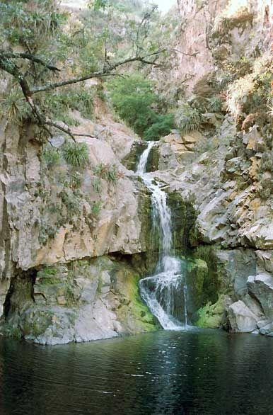 Cascada en Río Ceballos - Cordoba, Argentina