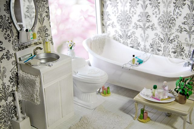 {Love the window placement}  Spring Bathroom by carriembecker, via Flickr