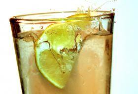 Jak připravit osvěžující míchané nápoje fizzy | recepty | JakTak.cz