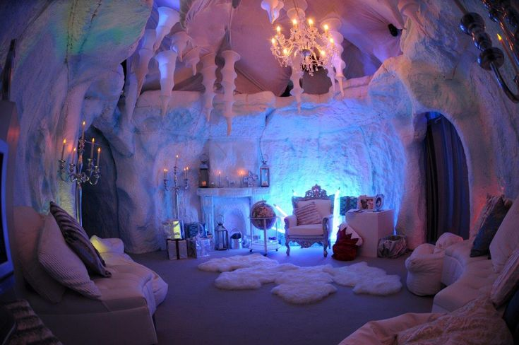 Christmas Grotto | Wellpleased