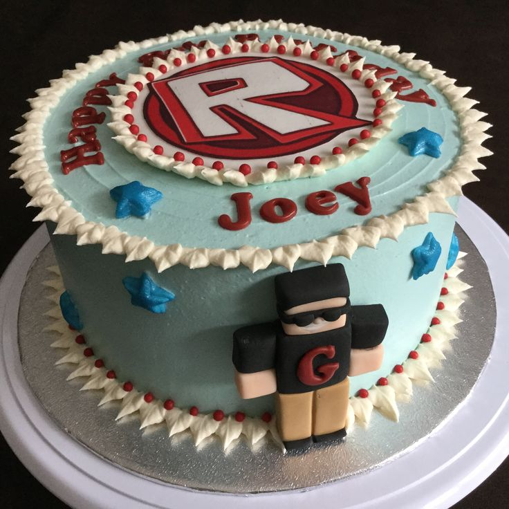 Roblox game theme cake