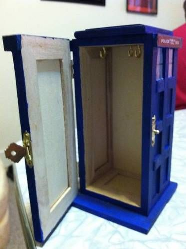 diy dr who jewelry box 2