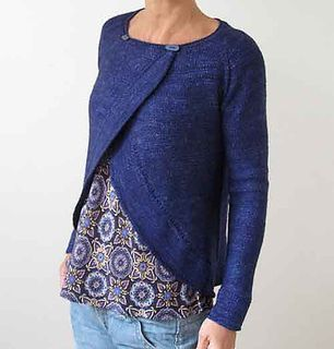 Fall Away cardigan by Heidi Kirmaier. This one I actually did wear while pregnant! Very flattering open or closed over the baby bump.