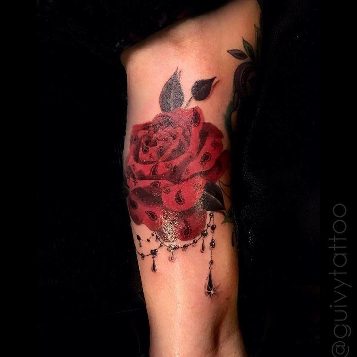 GUIVY Tattoo - GENEVA   #geneve #swiss #switzerland #swiss made #tatouage #tatoueur #shop #studio #salon #rose #diamond #diamant #rubis #bijou #feminin #tatuagem #tatuaje #girly #girl #fin #bandana #detail #rouge #fleur #bras #femme