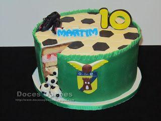 Doces Opções: Bolo do 10º aniversário do Martim