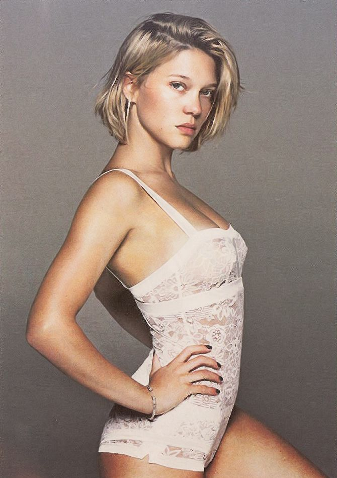 Lea Seydoux see trough lingerie