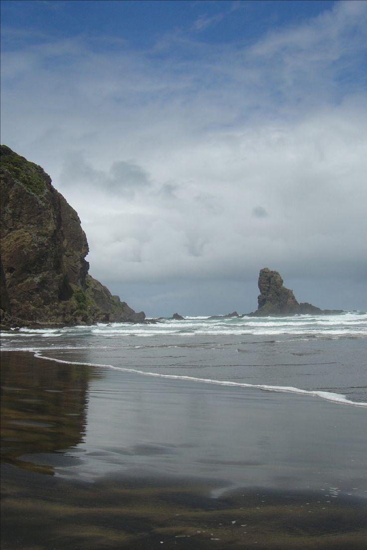 Anawhata Beach, Auckland, New Zealand