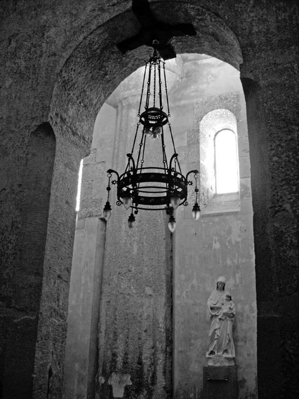 Ortigia Cathedral, Syracuse, showing the original Greek temple column