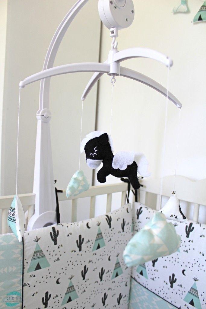 1000 id es sur le th me mobile musical b b sur pinterest mobile musical bavoir naissance et. Black Bedroom Furniture Sets. Home Design Ideas