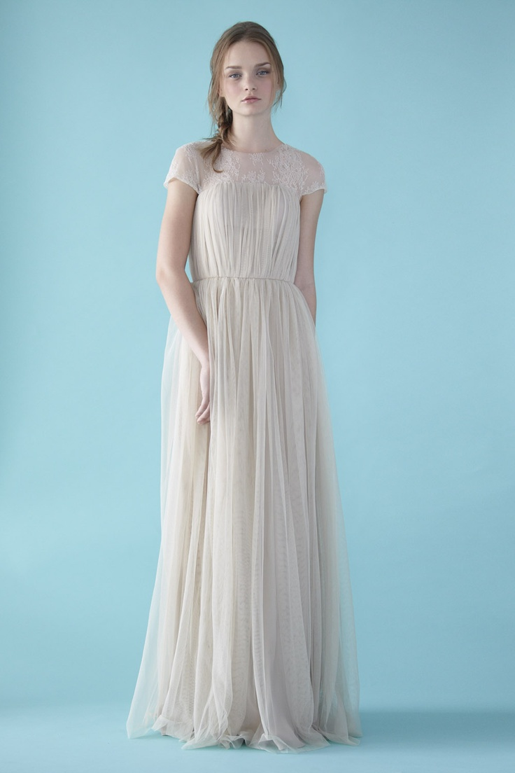 135 best Love, Yu Gowns images on Pinterest | Short wedding gowns ...