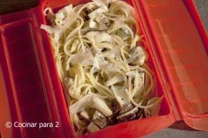 Spaghetti with boletus mushrooms