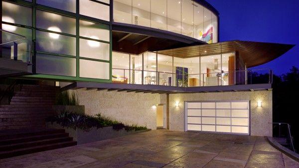 Avante™ Collection   Banko Overhead Doors