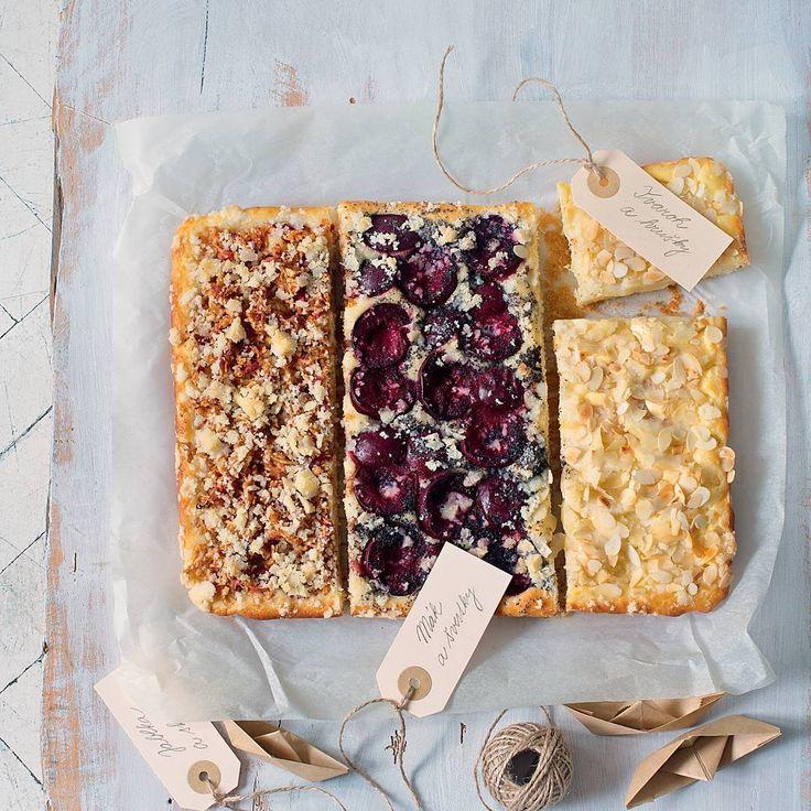 Každému co má rád    Trojkoláč. Jeho těstový základ je společný  ale povrch zdobí jablka   švestky i hrušky . Kreativ 9-10   Připravila: Terezie Tkáčiková  Foto: Alena Hrbková  #kreativ #kreativcasopis #magazine #food #pie #apples #pears #plums