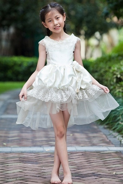 Sweet Scoop Ball Gown Flower Girl Dresses wr1065 - http://www.weddingrobe.co.uk/sweet-scoop-ball-gown-flower-girl-dresses-wr1065.html - NECKLINE: Scoop. FABRIC: Satin. SLEEVE: Sleeveless. COLOR: Ivory. SILHOUETTE: Ball Gown. - 59.59
