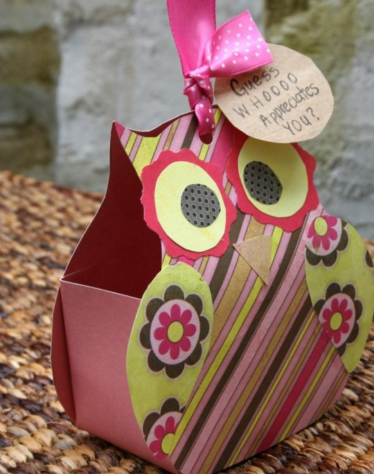 DIY Paper Owl Teacher Gift - includes template