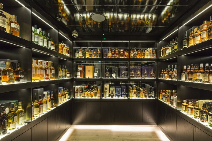 The Whisky Shop by gpstudio, Manchester - UK