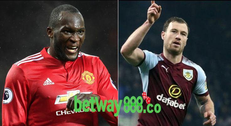 Prediksi Manchester United Vs Burnley pada tanggal 26-12-2017 yang dilangsungkanOld Trafford, Manchester, England pada jam 10:00 malam.