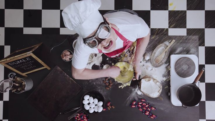 Dumle Twisted Cooking Chocolate Wind Hats video - Fazer