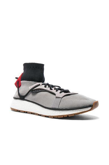 Run Sneakers
