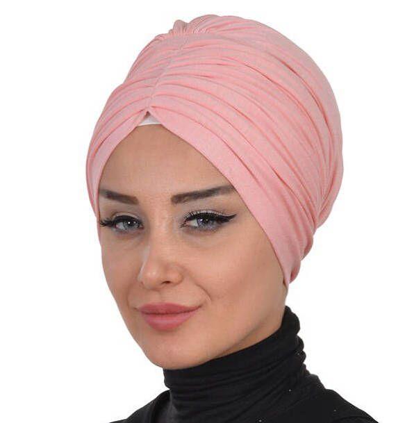 Tête de foulard hijab prêt à porter   Coton Bonet  95 % coton 5 % Lycra.